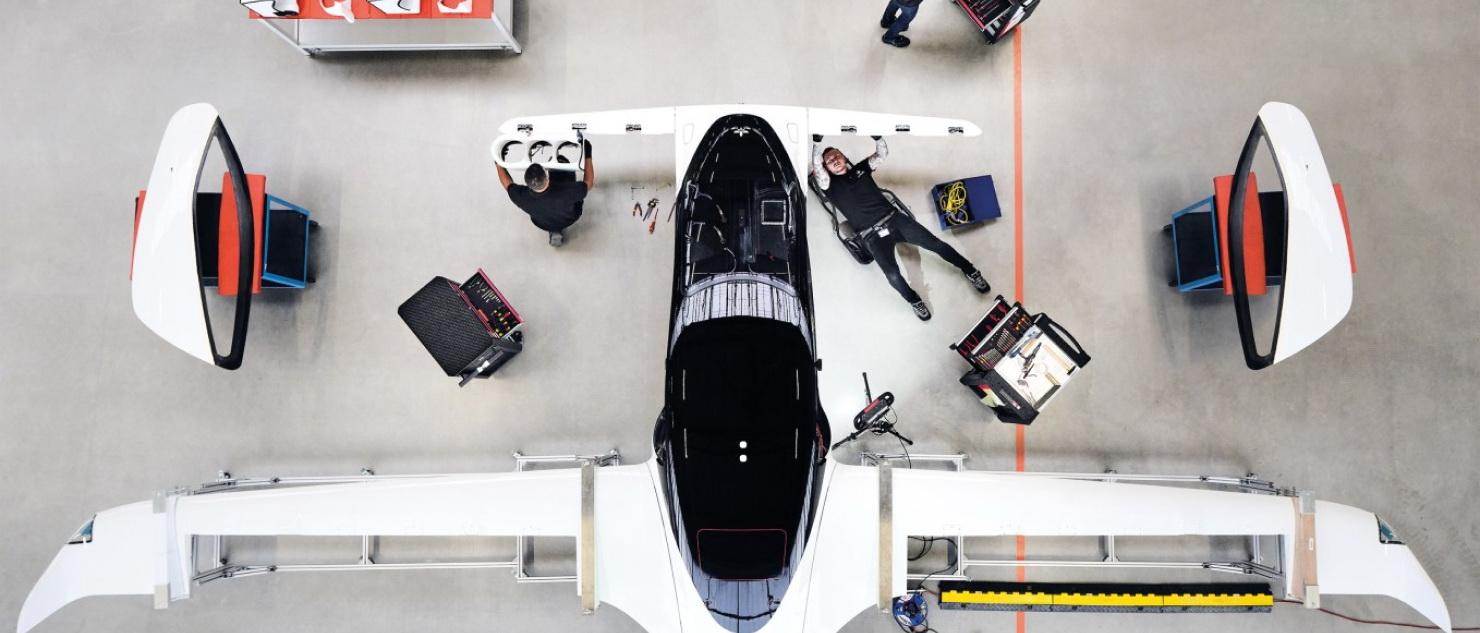 Świeża inwestycja daje elektrycznym latającym taksówkarzom Lilium nieco więcej siły nośnej.