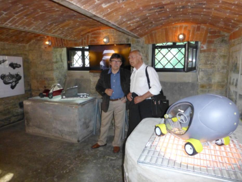 7.Inż. W. Wiatr i inż. Z. Michniowski na wystawie CarDesign 2012/ Inż. W. Wiatr a inż. Z. Michniowski na výstave CarDesign 2012