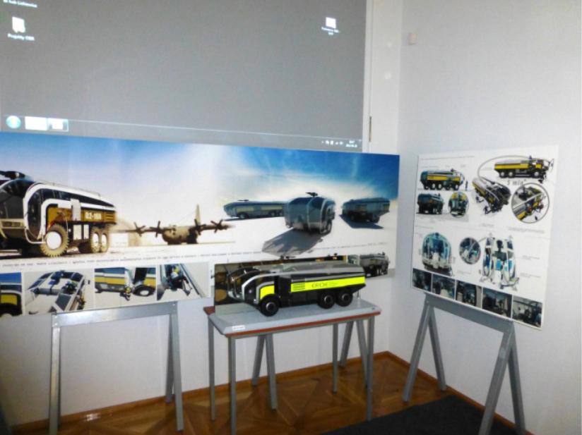 Model samochodu pożarniczego produkowanego przez WISS Bielsko-Biała/ Model hasičského vozu vyrobeného spoločnosťou WISS Bielsko-Biała