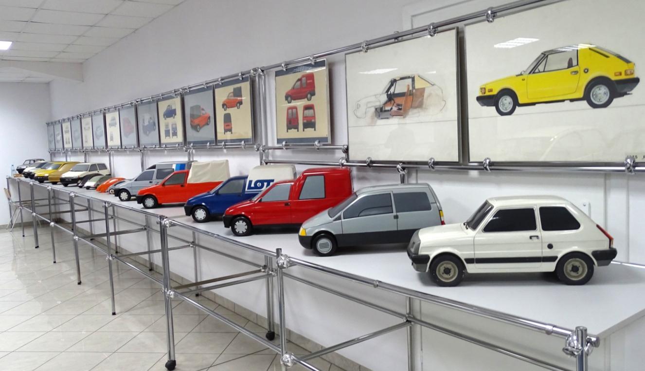 Modele 1:5 projektowanych samochodów/ Modely 1:5 navrhnutých automobilov